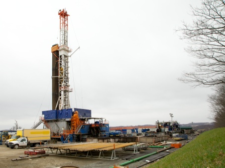 environmentalists-and-the-energy-industry-both-hate-the-new-rules-for-fracking-federal-lands
